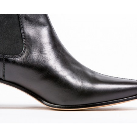 Clearance Lot 96 - Original Chelsea Boot Black Calf Size 41